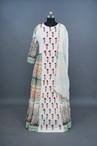 sri_kumaran_stores_lehenga_white_floral_design-1_abdfb044-0907-4bee-bdfe-1ed92b20f502.jpg